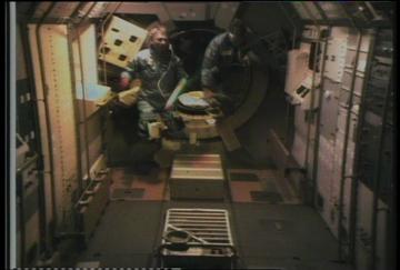 STS9SPACELAB